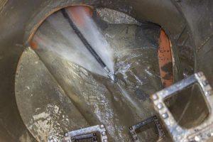 Где применяется гидродинамическая прочистка труб
